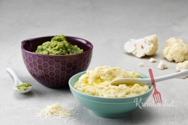 Добавьте сливочное масло, соль, перец и специи. Подавайте, украсив кружочками лука. Приятного аппетита!
