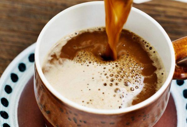 Перелейте в чашку. Приятного завтрака!