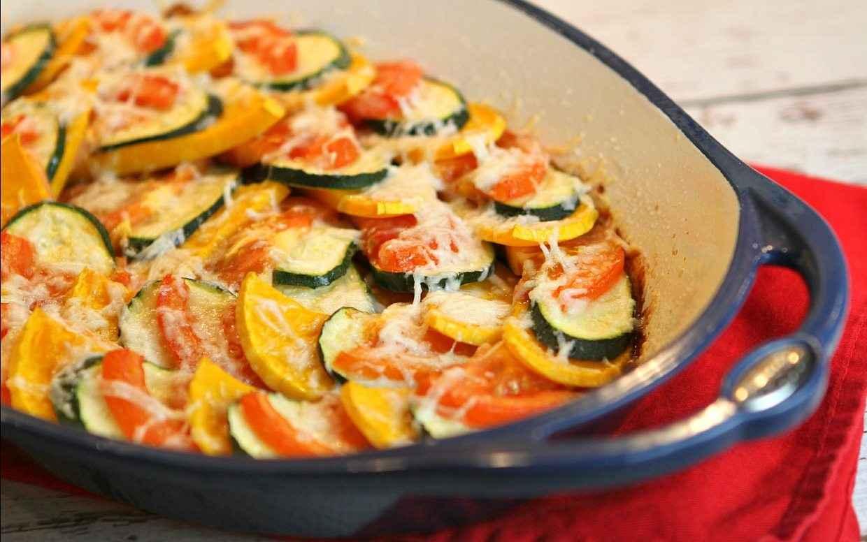 кабачки с сыром и с помидорами запеченные в духовке
